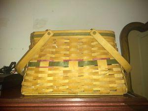 Large Longaberger basket for Sale in Decatur, GA