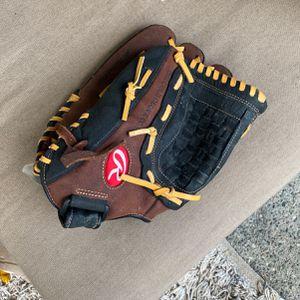 Rawlings baseball glove for Sale in Everett, WA
