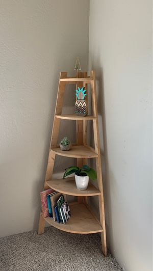 Corner Bookshelf or Plant stand for Sale in Medford, OR