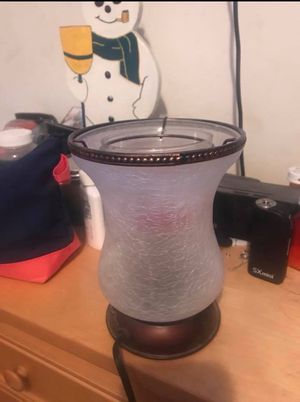 Scentsy lamp warmer great condition for Sale in New Market, MD