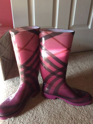 Burberry Rain Boots Size 6 for Sale in Lansdale, PA