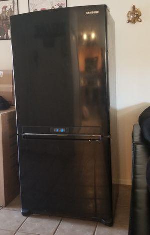 SAMSUNG / FRIDGE-freezer $385 / OBO for Sale in Chandler, AZ