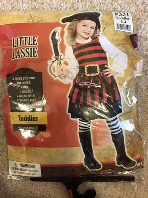Little girl pirate halloween costume for Sale in Naperville, IL
