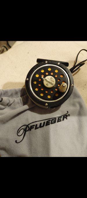 MEDALIST Pflueger 1494 AK fishing reel. Fishing ready for Sale in San Jose, CA