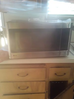 LG Microwave for Sale in Upland, CA