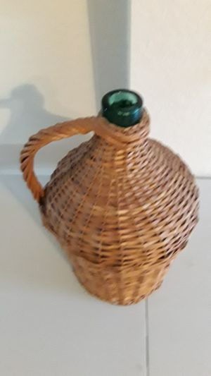 Display Bottle In Basket for Sale in Lake Worth, FL