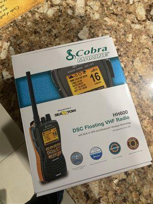 Cobra VHF Radio Bluetooth GPS DSC BUTTON EMERGENCY WATER RES MARINE RADIO for Sale in Miami, FL