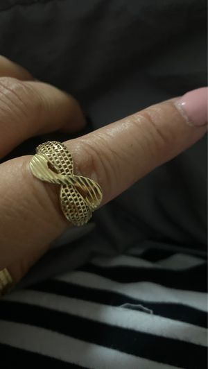 Gold infinity ring for Sale in Hialeah, FL