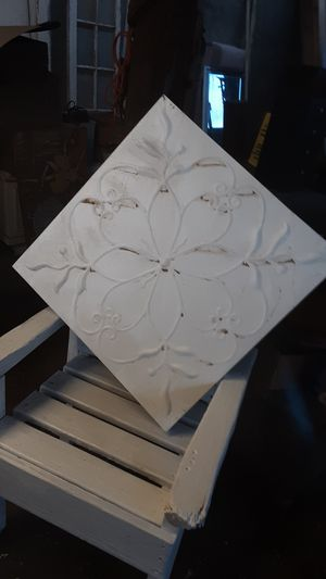 HUGE TIN WHITE SHABBY CHIC WALL HANGING for Sale in Yuma, AZ