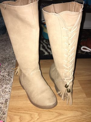 Free Girls boots 👢 for Sale in Phoenixville, PA