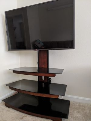 TV stand for upto 60inch TV ( TV not included) for Sale in Herndon, VA