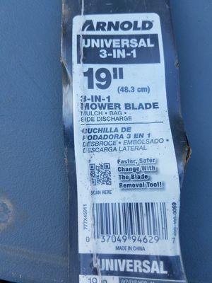 "19"" lawn mower blade for Sale in Orlando, FL"