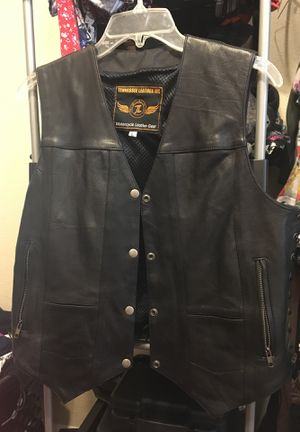 Women's motorcycle vest (Tennessee Leather inc) for Sale in Houston, TX