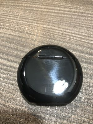Brand new bluetooth wireless earphones earpods earbuds with portable round charging case black hands free calls for Sale in Fort Lauderdale, FL