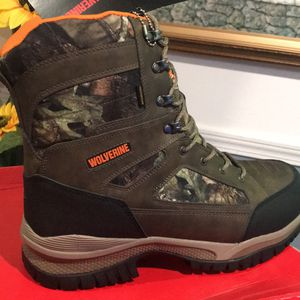 Work Boots 🥾// Wolverine 600g Insulation// Size (12) ONLY for Sale in Morton Grove, IL