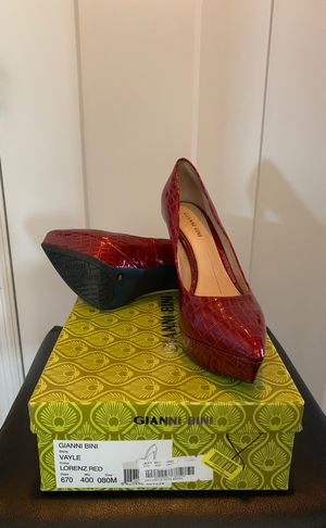 Beautiful red heels size 8 for Sale in Murfreesboro, TN