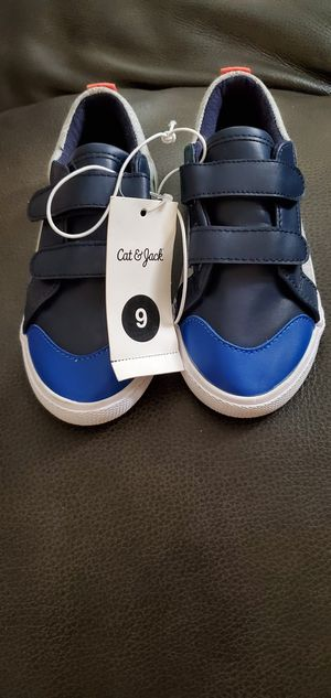 Cat and Jack shoes size 9 toddler for Sale in Bell Gardens, CA