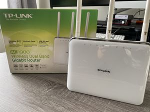 TP-LINK AC1900 Wireless Dual Band Router for Sale in Los Angeles, CA