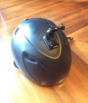Ski helmer light weight with go pro setting for Sale in Washington, DC