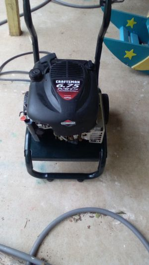 Craftsman 6.75 pressure washer with gun and hose for Sale in Seguin, TX