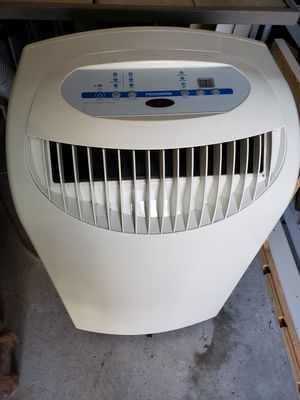Beat the Heat..UL Fedders 8000 BTU Air Conditioner/Dehumidifier for Sale in Harmony, PA