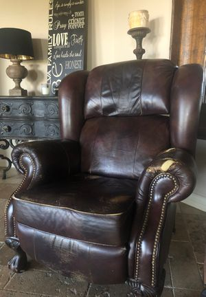 Recliner Chair for Sale in Scottsdale, AZ