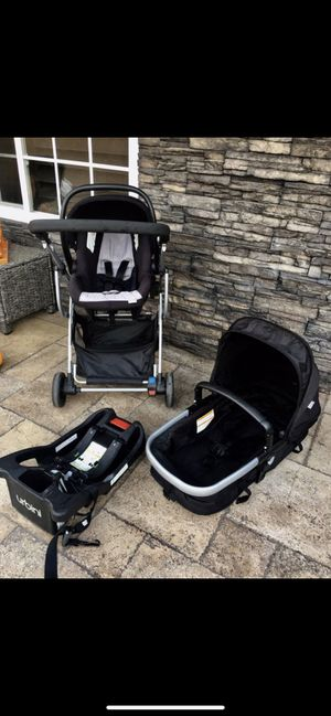 Urbini jet black Omni plus 3 in 1 travel system for Sale in Hesperia, CA