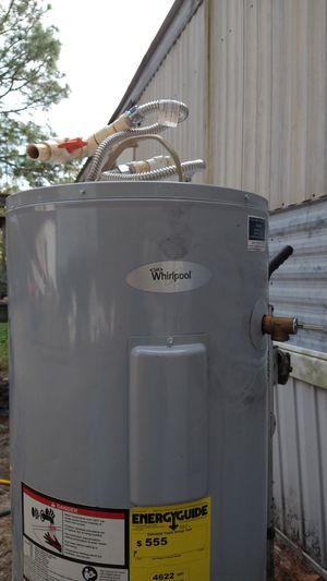 Like new whirlpool HotWater heater for Sale in Lexington, SC