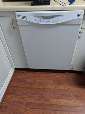 Stove and dishwasher for Sale in Portland, OR