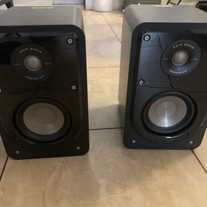 Polk Audio Bookshelf Speakers With Subwoofer for Sale in Chula Vista, CA