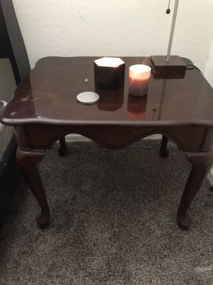 Small/End table (or Nightstand) for Sale in Phoenix, AZ