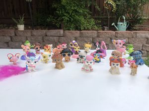 Off brand LPS Littlest Pet Shop animal Figurines for Sale in Tracy, CA