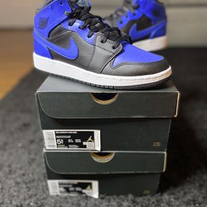 Jordan 1 Mid Hyper Blue for Sale in Henderson, NV