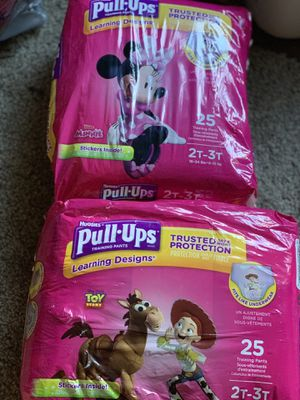 Huggies pull ups 2t-3t for Sale in Chicago, IL