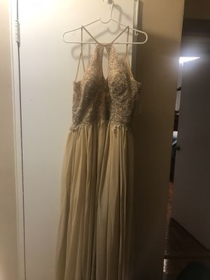 Dave and Johnny one time use for prom size 15/16 beautiful dress for Sale in Queens, NY
