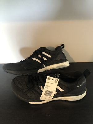 Adizero Tempo 9 Black/White Size 7.5 for Sale in Olathe, KS