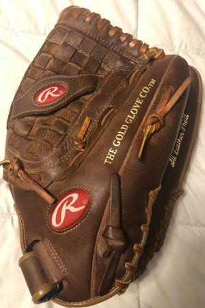 Rawlings Player Preferred Softball Glove for Sale in Hacienda Heights, CA