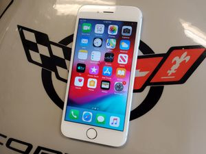 Unlocked Silver iPhone 6 16 GB for Sale in Port St. Lucie, FL