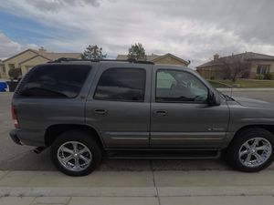 2002 Chevy Tahoe for Sale in Victorville, CA