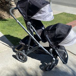 UPPAbaby Vista Stroller (Double) +Bassinet for Sale in El Segundo, CA