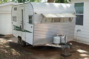 Vintage '67 Roadrunner camper- original, excellent condition for Sale in Atlanta, GA