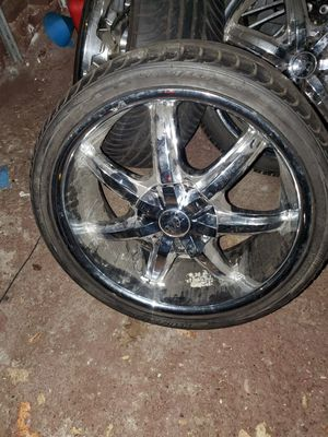 Chrome rims 20inch for Sale in Syracuse, NY