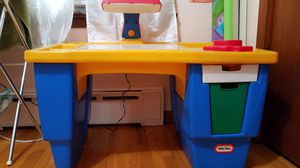 kids table and chair for Sale in Secaucus, NJ