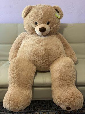 Giant Teddy Bear (Still Has Tag) for Sale in Chandler, AZ