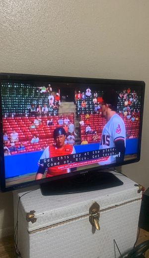 Tv the sound it's not working I don't have time to fix it 40 inch for 50 dollars or best offer for Sale in San Antonio, TX