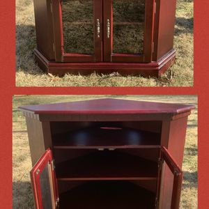 Corner Tv Stand(I Have Hundreds Of Items Check Everything Here Just Click My Profile Photo for Sale in Burlington, NC