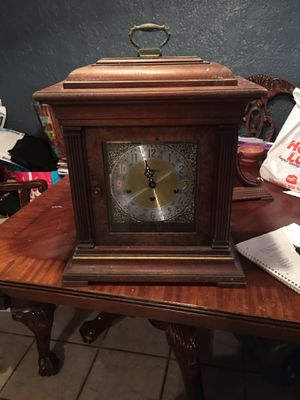 Antique style clock for Sale in Buda, TX