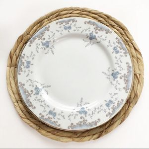 Vintage imperial China 4 piece dinner plate set for Sale in Mohawk, TN