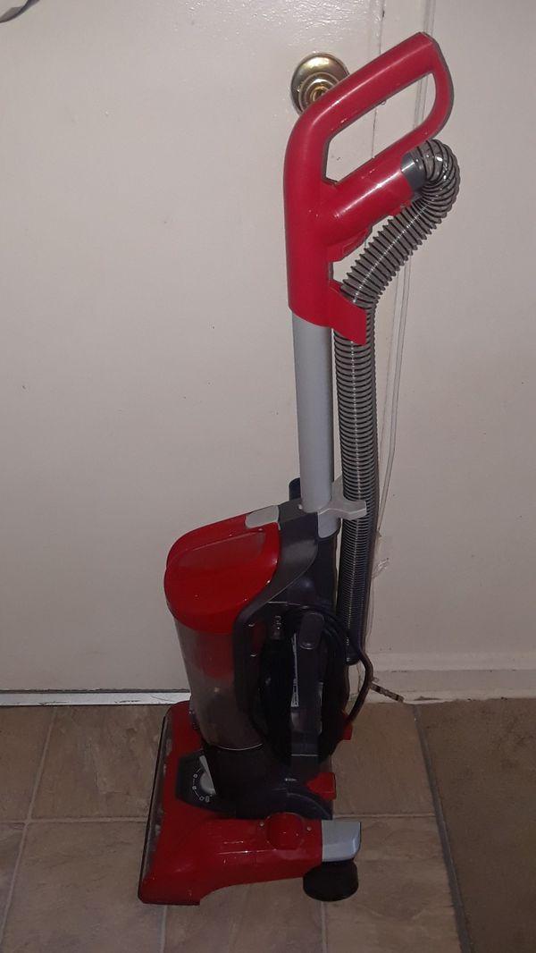 Vacuum Dirt Devil
