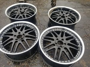 """20"""" STAGGERED 5 LUGS RIMS for Sale in Brookfield, IL"""